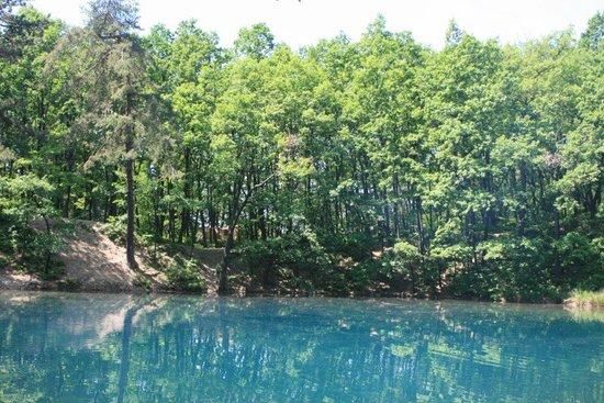 lac albastru 3